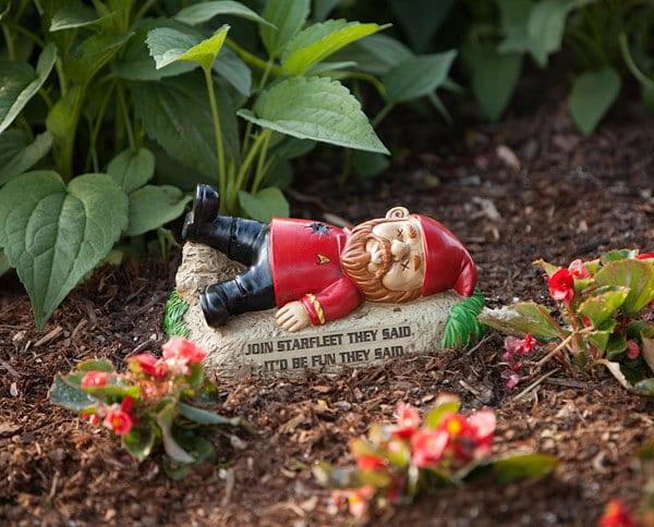 unconventional garden statues - star trek gnome