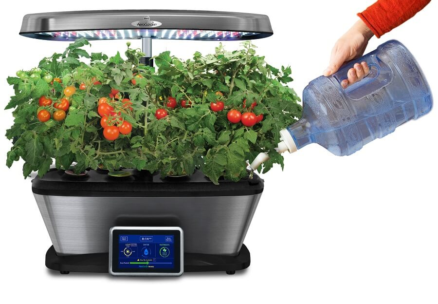 aerogarden machine coming with an incorporated seed starter kit