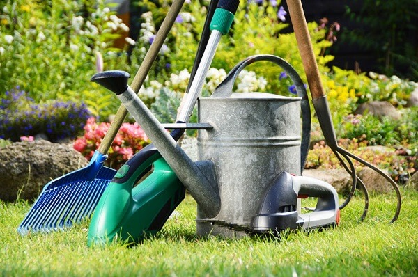 8 must have garden tools for this spring everything backyard for New gardening tools 2016