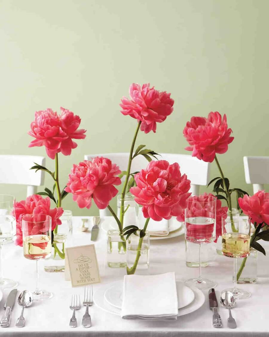 diy wedding centerpieces using pink peonies