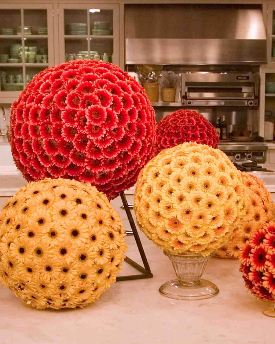 diy wedding centerpieces in the shape of some spheres