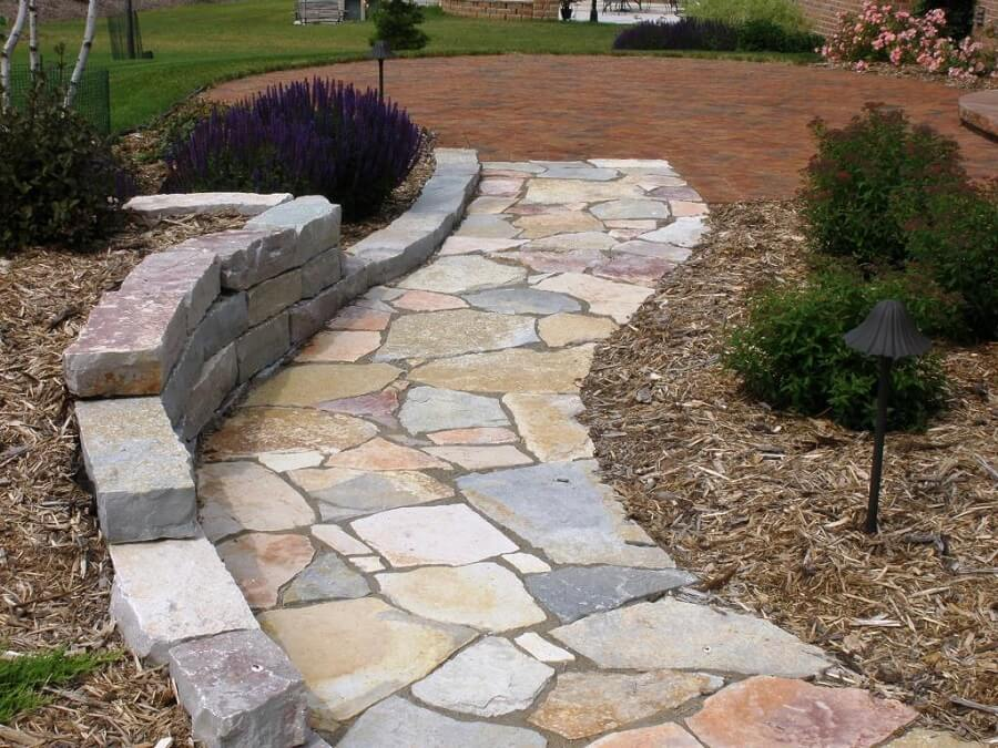 Laying Natural Stone : How to build a stone walkway step by guide