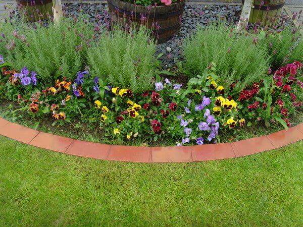 garden edging made of terracotta pieces