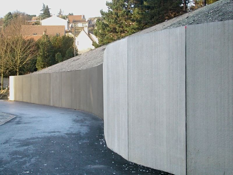6 Creative Retaining Wall Ideas