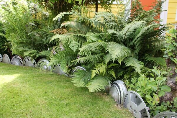 garden edging made of metal wheels
