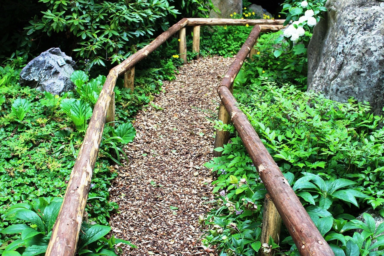 wood chip landscaping ideas