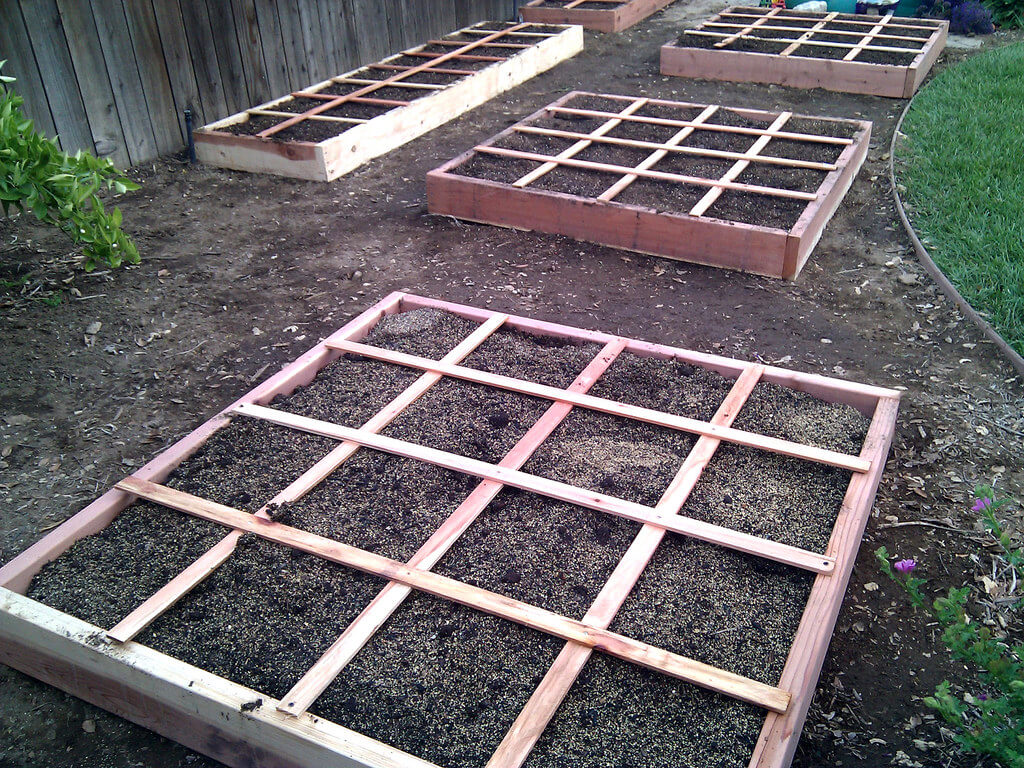 square foot garden wooden beds