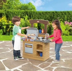 Barbecue set for toddlers
