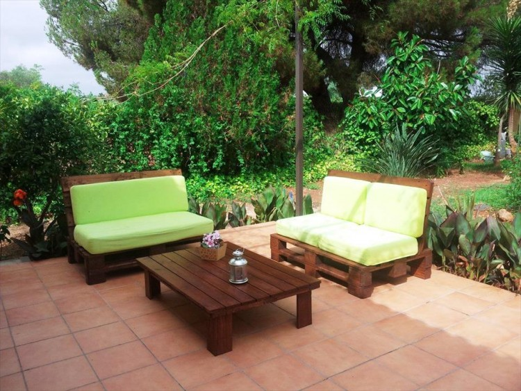 DIY pallet patio furniture terrace