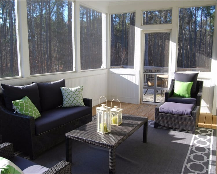 sun porch furniture ideas, Colorful cushions on sofa and armchair on a sun porch
