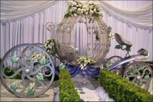 Lavender wedding ideas lavender chariot for wedding