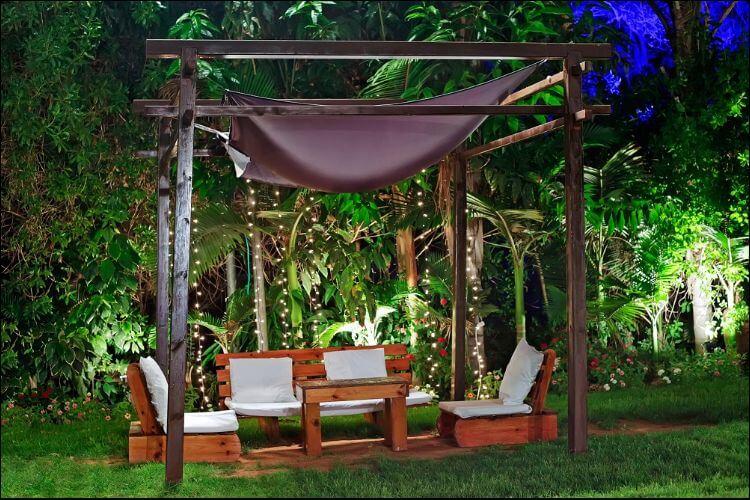DIY backyard movie screen movie night setting