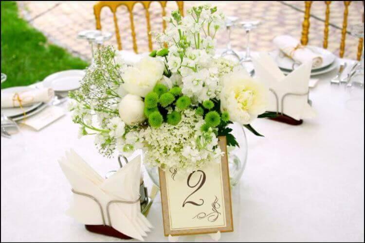 December wedding flowers white table centerpiece