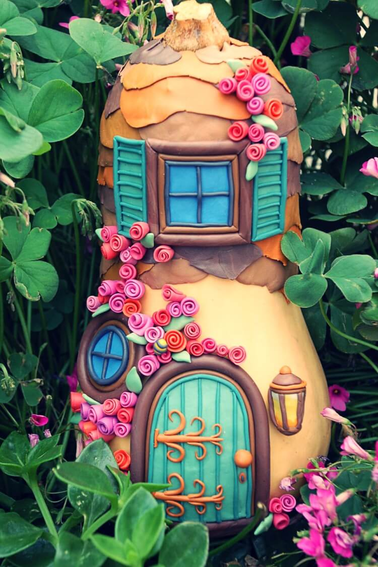 Creative fairy house design