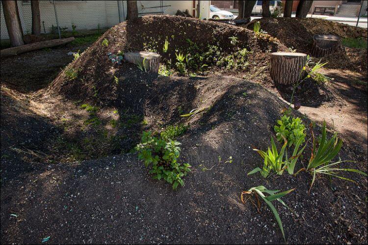 mound gardening berm