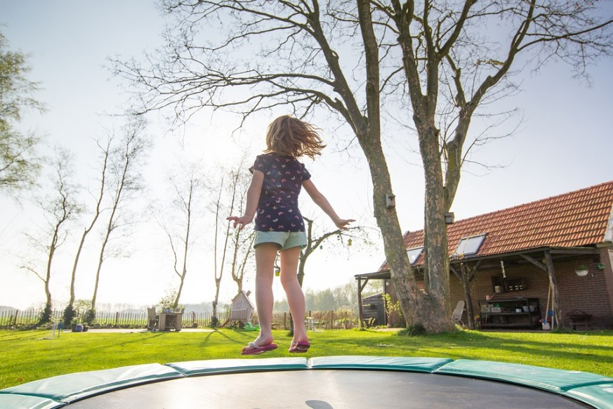 ways to make your trampoline safer, trampoline safety, kids