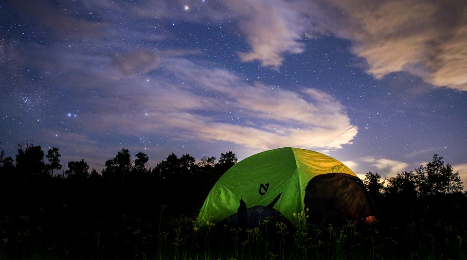 memorable backyard camping staycation