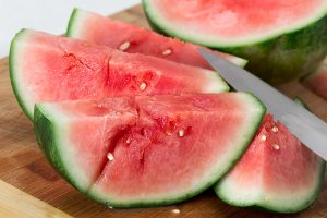 how to tell if a watermelon is ripe, watermelon, ripe watermelon