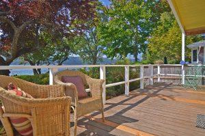 deck, deck design, deck decor