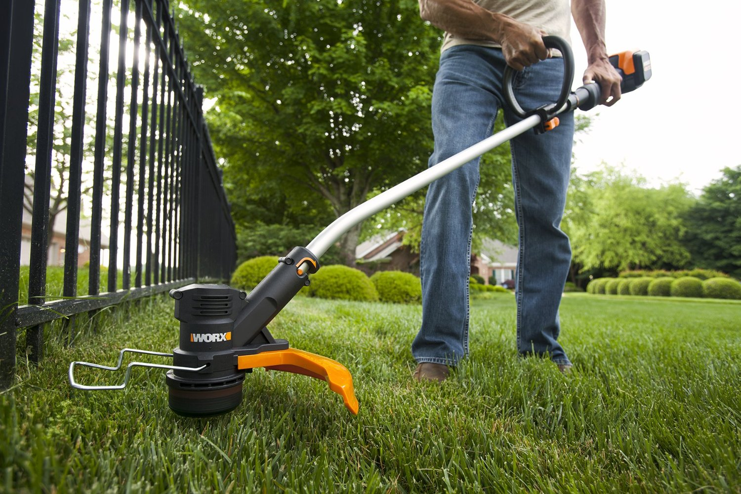 lawn edging, landscape edging ideas, lawn edging ideas, yard edging ideas, lawn borders, yard edging, grass edging, flower bed edging ideas, landscape border ideas, edging ideas, best landscape edging, grass edging ideas, garden edging ideas, lawn edging ideas to keep grass out, landscape edging, garden edging, pound in edging, plastic landscape edging
