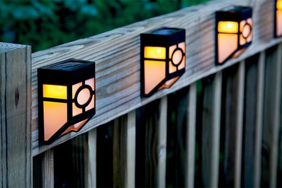 solar landscape lighting