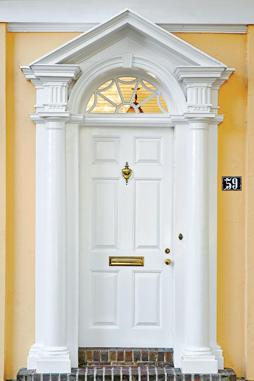 Bold Front Door Colors To Spruce Up Your Curb Appeal