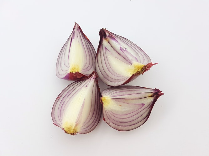 natural ways to use onions, health, sickness, benefits