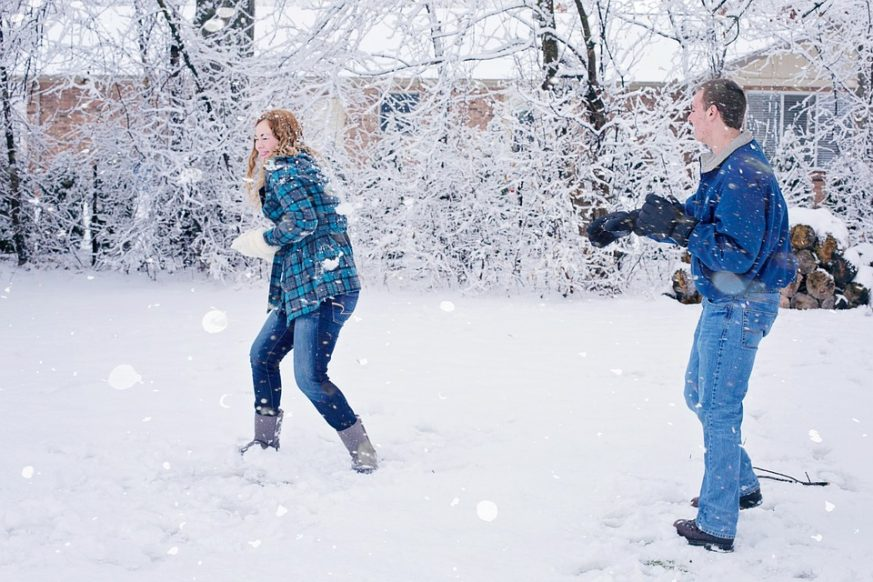 snowball fight, snow, fun, awesome
