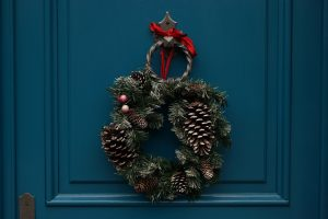 winter wreath, winter door wreaths, winter wreaths for front door, christmas winter wreath, winter wreaths for sale, door wreaths for winter months, winter wreath, winter wreath diy, winter wreath ideas, easy winter wreath ideas, easy diy winter wreath, january wreath ideas, winter wreath ideas after christmas, january wreath