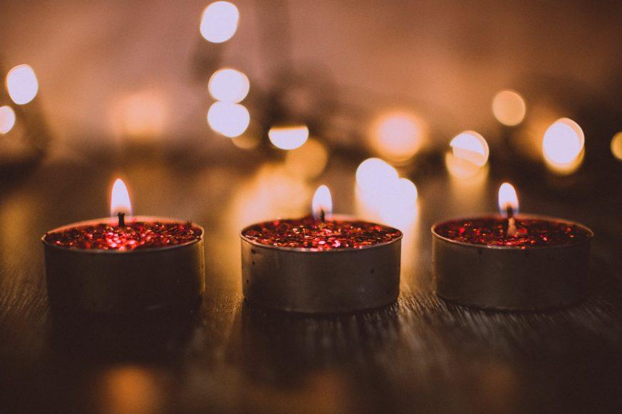 christmas candles, yankee candle christmas, holiday candles, christmas scented candles, christmas candle