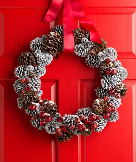 winter door wreaths, winter wreaths for front door, christmas winter wreath, winter wreaths for sale, door wreaths for winter months, winter wreath, winter wreath diy, winter wreath ideas, easy winter wreath ideas, easy diy winter wreath, january wreath ideas, winter wreath ideas after christmas, january wreath