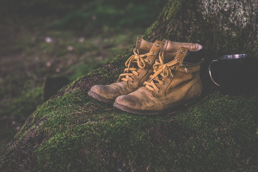 hiking boots, materials, kinds